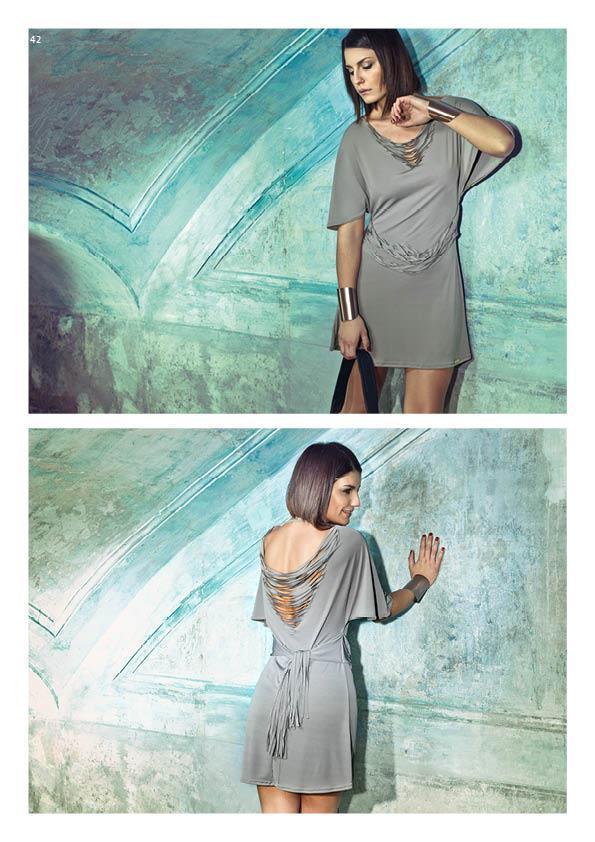 La-moda-è-anche-semplice:monocromie-e-linee-pure....l'eleganza-si-fa-immediata....♥.jpg